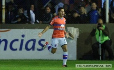 Con un gol de Insaurralde a diez minutos del final, Boca rescató un punto en Victoria ante a Tigre