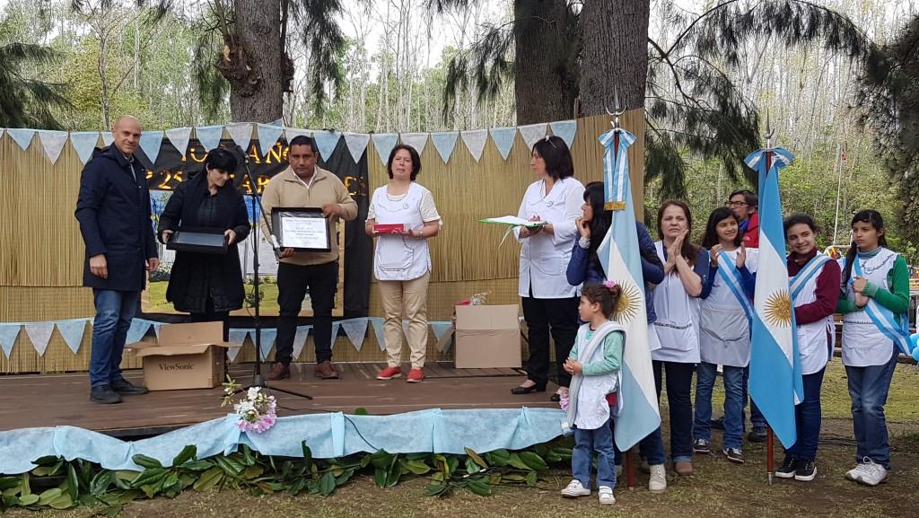San Fernando presente en los festejos de los 100 años de la Escuela Nº 25 de arroyo Caracoles