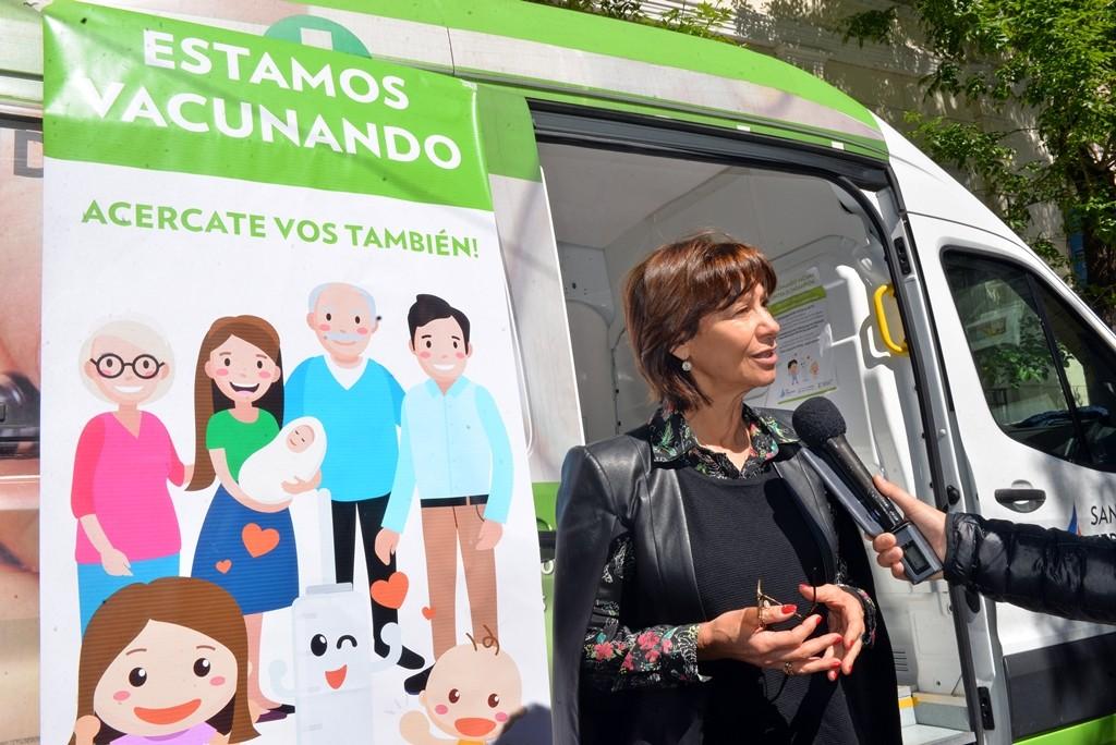 San Fernando vacuna contra el sarampión con cuatro móviles en todos los jardines