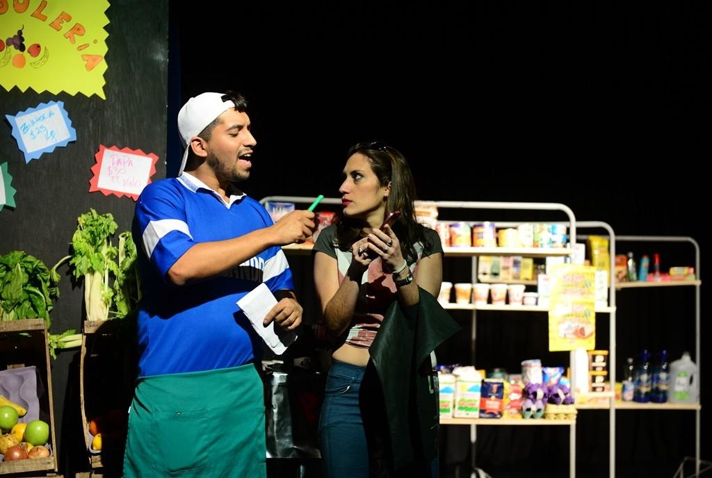 Escuelas de San Fernando disfrutaron de una obra teatral sobre el 12 de octubre, Día de la Diversidad