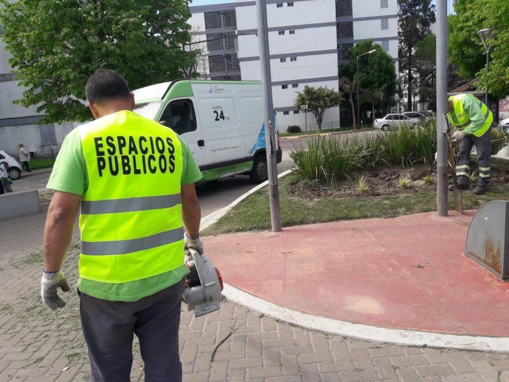 San Fernando mantiene limpias y embellecidas todas sus plazas