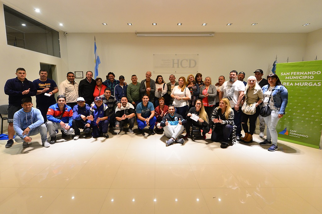 San Fernando entregó subsidios a las murgas que participaron de actividades de prevención en salud