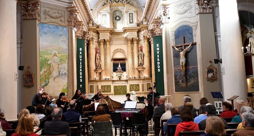 """El """"Concierto Barroco de Dos Mundos"""" se presentó en la Iglesia Nuestra Señora de Aránzazu de San Fernando"""