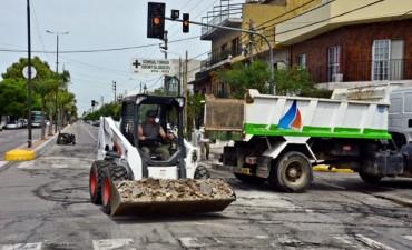 El municipio continúa los trabajos de repavimentación en Av. Avellaneda
