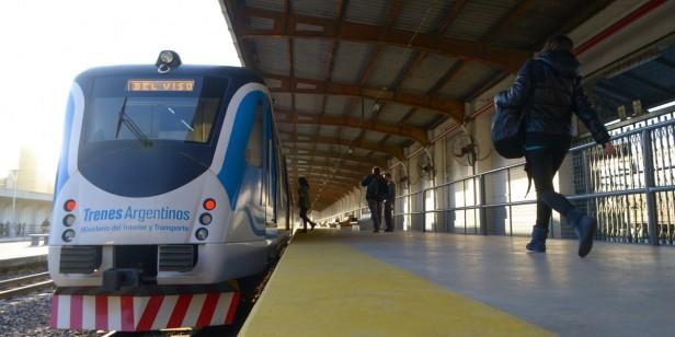 Avanzan las obras de electrificación de vías   en la Línea Roca