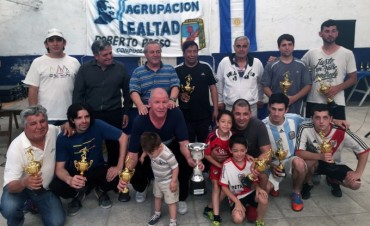 Equipo de Barrio Baires campeón de torneo organizado por la agrupación de Roberto Passo