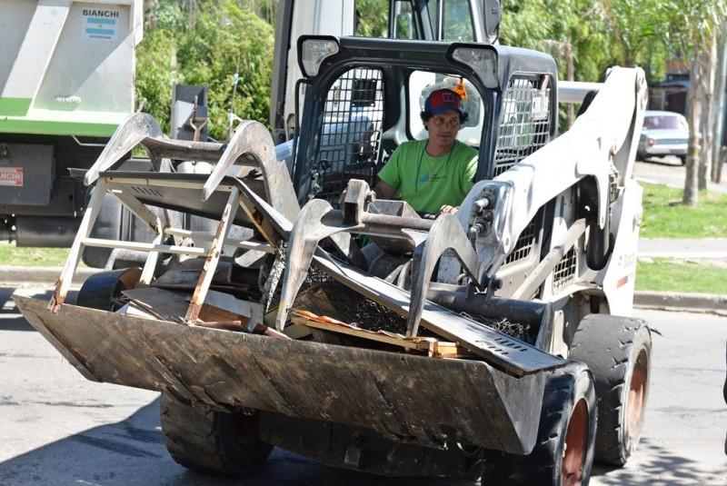 San Fernando sostuvo un operativo de limpieza en el barrio Santa Rosa