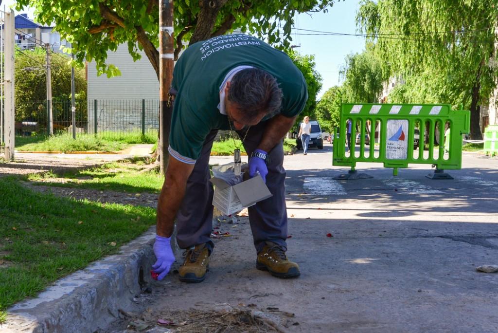 El Municipio realiza operativos preventivos de control de plagas en el barrio Mil Viviendas