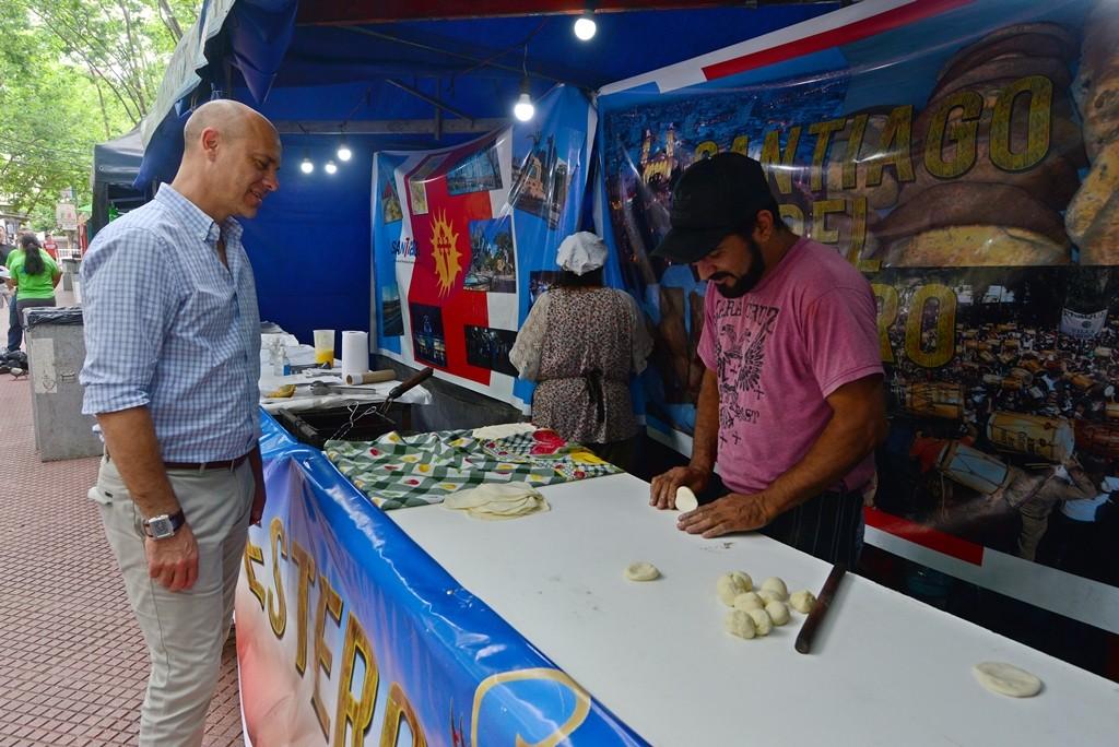 Los sanfernandinos ya disfrutan de una nueva edición de la Feria de las Colectividades