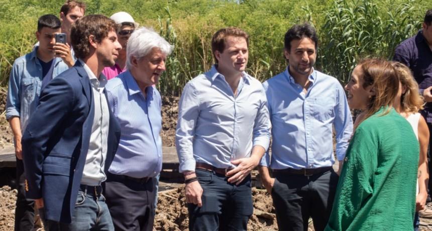 Andreotti y Vidal visitaron obras de entubamiento de un importante arroyo