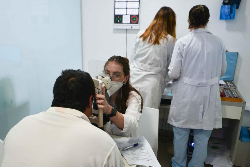 San Fernando lanzó la campaña de 'Detección Temprana de Cataratas' en el Hospital Oftalmológico