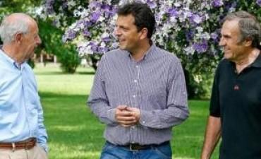 Massa se reúne con ex gobernadores en Tigre para el armado de cara al 2015