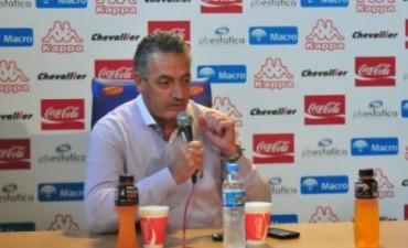 """GUSTAVO ALFARO: """"Estoy conforme con la campaña pero quiero más"""""""