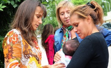Malena junto a Arroyo en CIPPEC:
