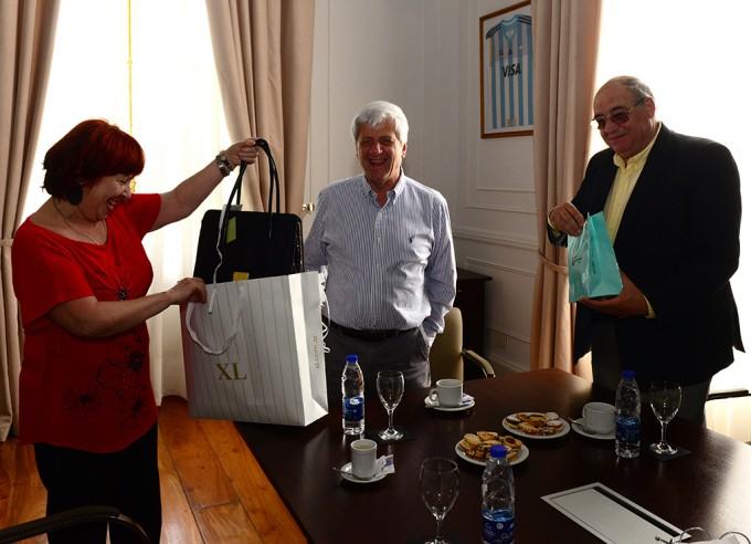 Andreotti reconoció por su labor a empleados municipales que se jubilan