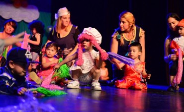 El Jardín Maternal municipal de San Fernando cerró el año con un lindísimo acto familiar