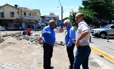 San Fernando renueva adoquines de sus calles históricas