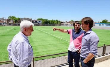 Andreotti supervisó los detalles finales del nuevo Polideportivo N°7