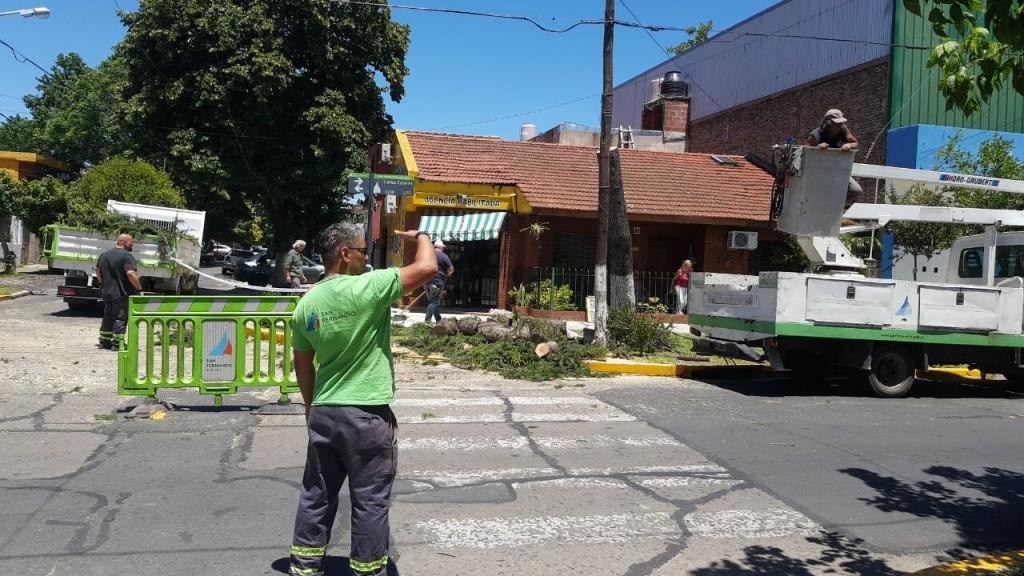 El COEM de San Fernando intervino y asistió a los vecinos tras el fuerte temporal