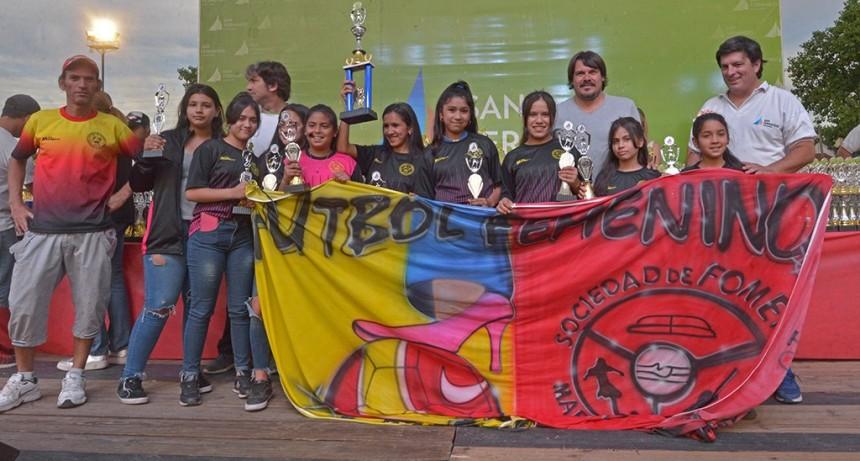San Fernando entregó los premios de la Liga Infantil y Femenina de Fútbol