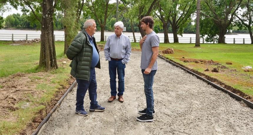 Andreotti recorrió las obras de remodelación del Polideportivo N° 3