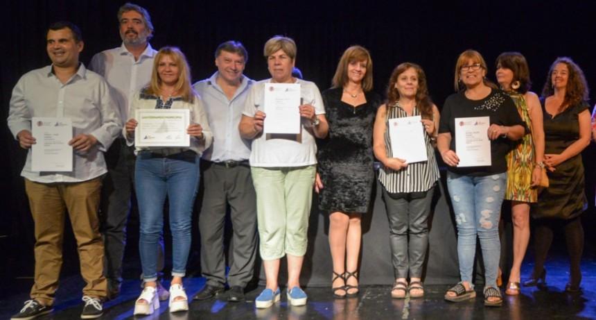 Más de 500 egresados del Centro Universitario Municipal de San Fernando recibieron sus diplomas