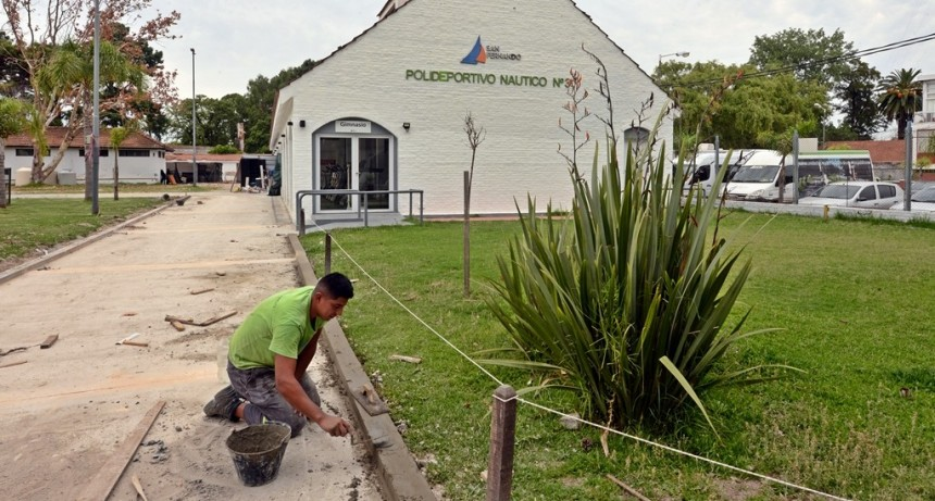 San Fernando amplia y prepara sus polideportivos para las colonias y actividades del verano