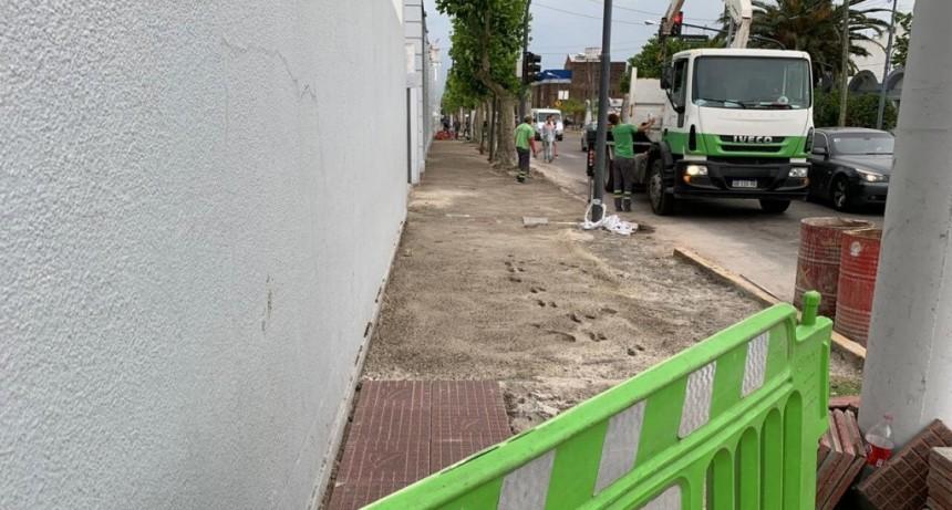 San Fernando renovó las veredas del Cementerio Municipal