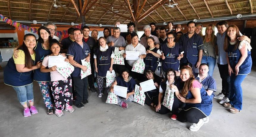 Gran jornada de cierre del Taller Protegido en el Polideportivo Nº 3 de San Fernando