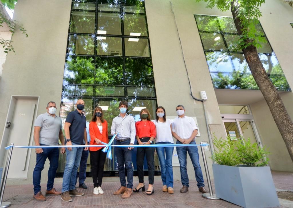 Juan Andreotti inauguró un nuevo edificio de Economía y Obras Públicas