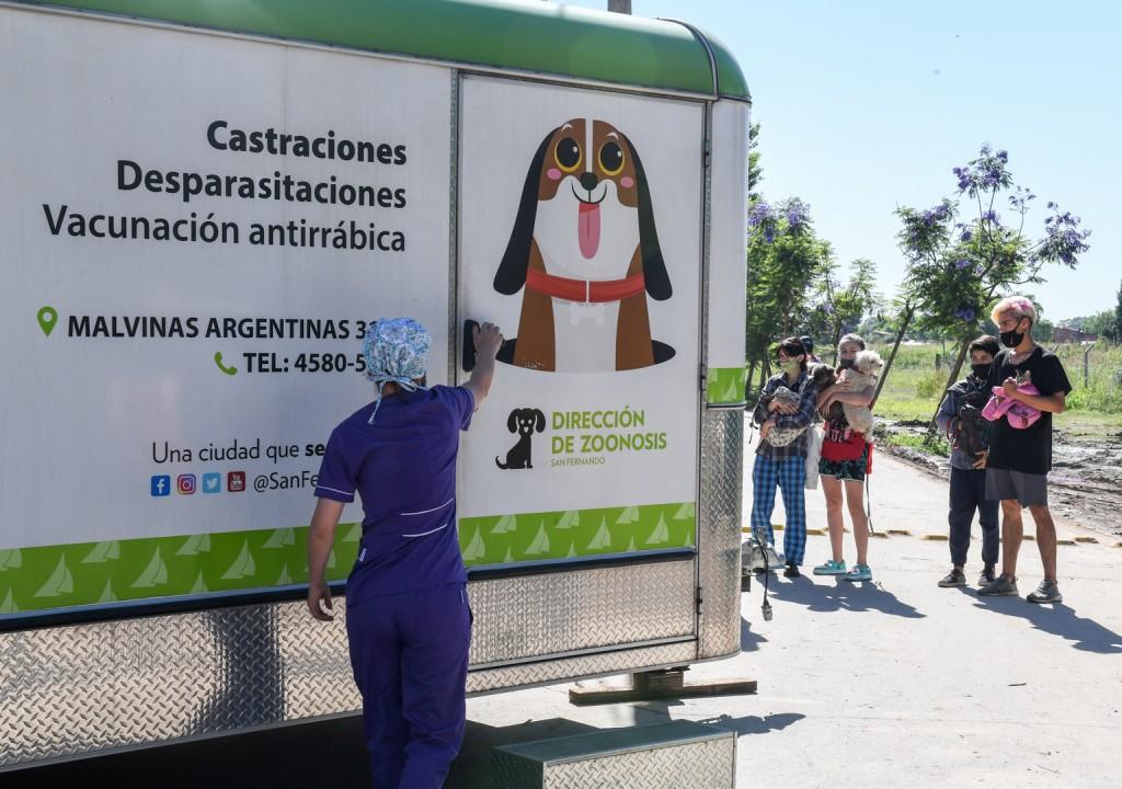 El operativo 'Zoonosis en tu Barrio' volvió a recorrer el distrito y atendió a mascotas en Virreyes